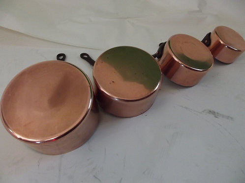 Série de 4 anciennes  petites CASSEROLES cuivre poignée fer forgé