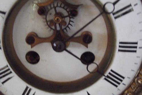 ancien mouvement de paris a échappement avant mécanisme horlogerie pendule de no