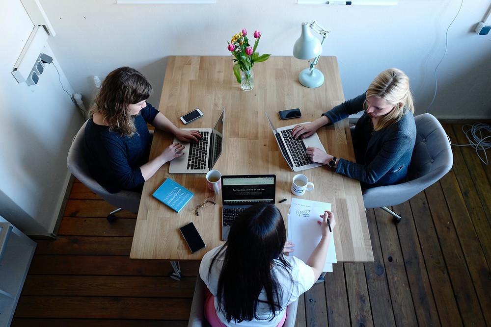 Ein HR Business Partner bringt frischen Wind in verstaubte Personalabteilungen
