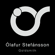 Oli Stef_2018 logo_300px_svartur bakgrun