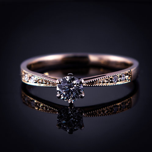 14k yellow gold ring with 18k setting and diamonds