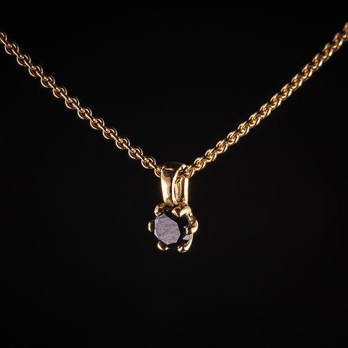 18k gold necklase with 0.3c black diamond