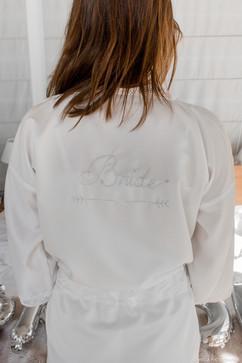 peignoir bride