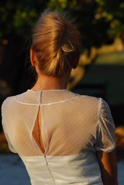 Création robe de mariée courte