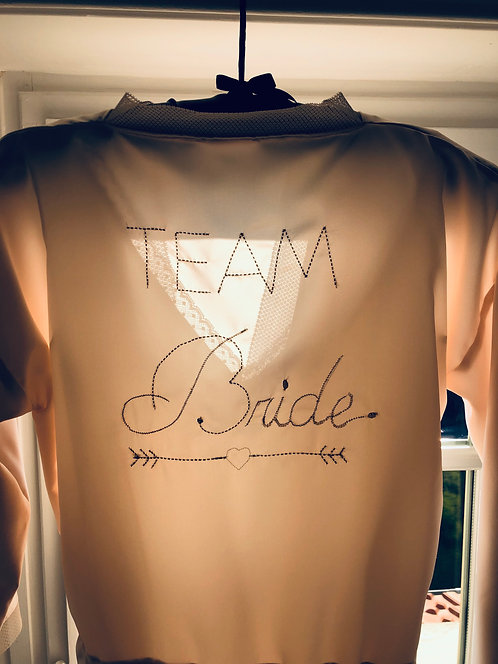 "Peignoir brodé "" Team Bride """