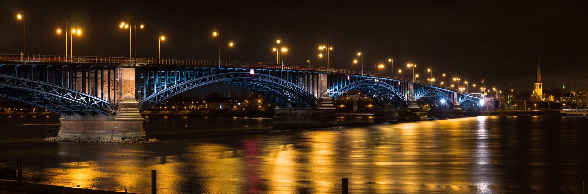 2013_12-Th-Heuss-Brücke-1zu3