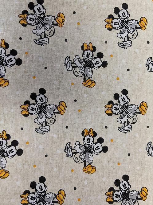 #050 Mickey & Minnie yellow