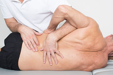 Manipulations-et-physiotherapie.jpg