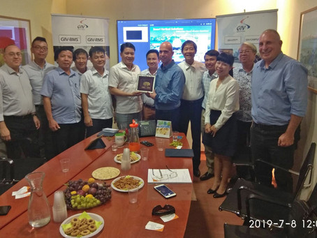 The Vietnamese delegation came to visit GIV in Ra'anana