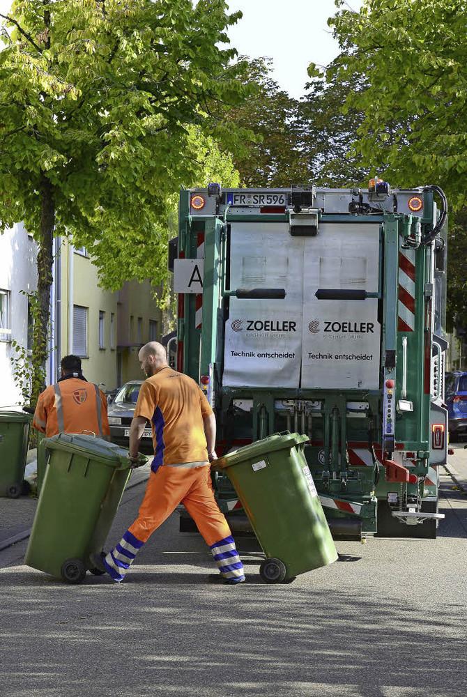 Wie funktionieren die Rückfahrassistenten der neuen Freiburger Müllwagen?