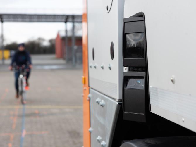 Hilden - Stadt macht ihre großen Lastwagen sicherer!