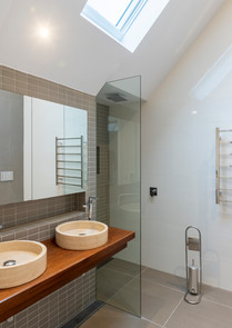 Freshwater master bathroom