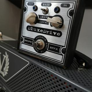 Dluxedrive Custom Shop
