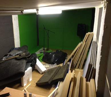 More sound-proofing and factory off-cuts of 30mm MDF board for the future flooring