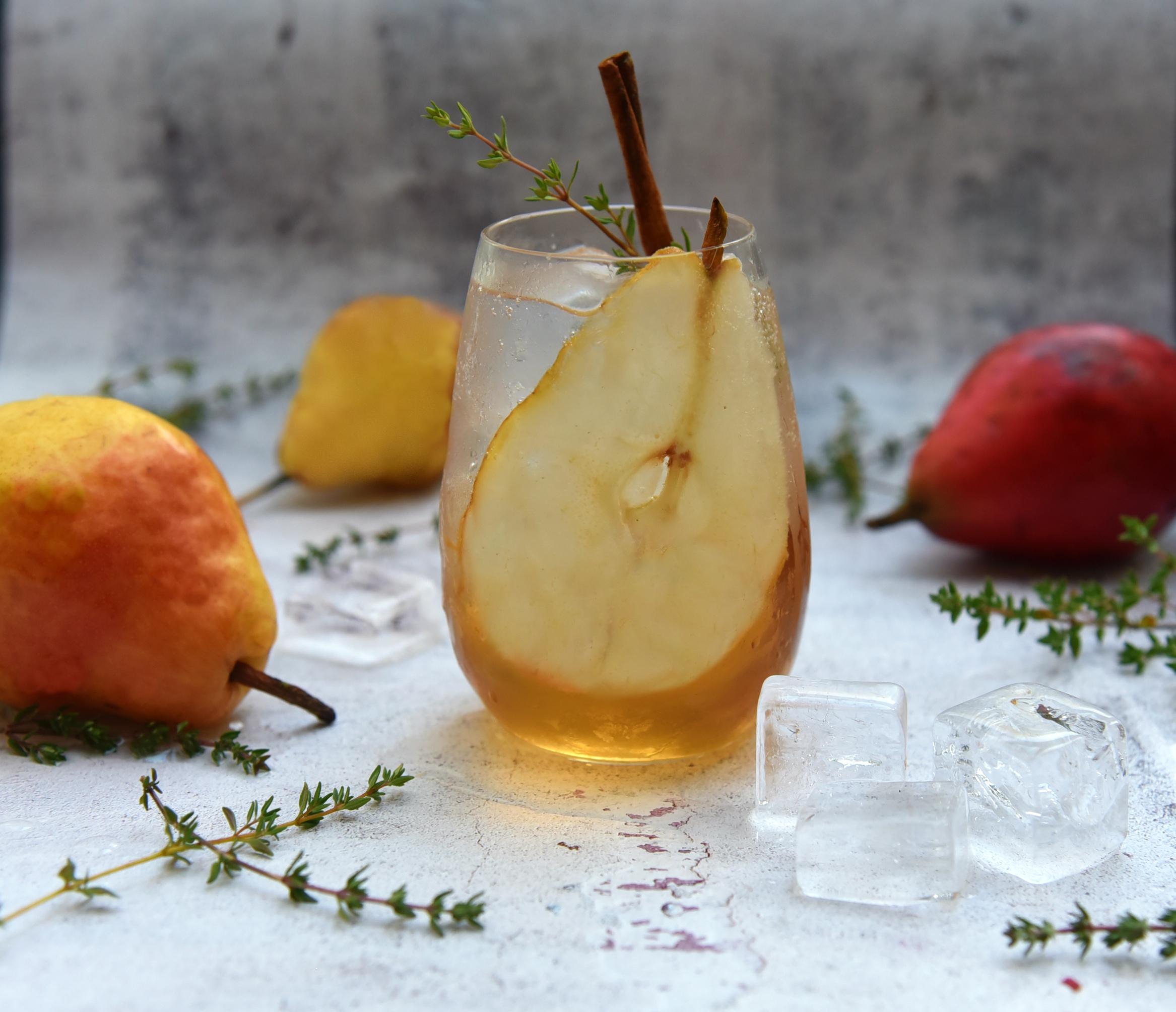 Spiced Vanilla Pear Cocktail