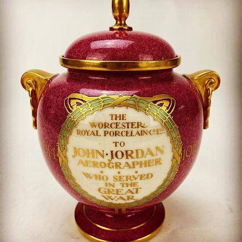 A Great War Appreciation Vase - Worcester Royal Porcelain 1918
