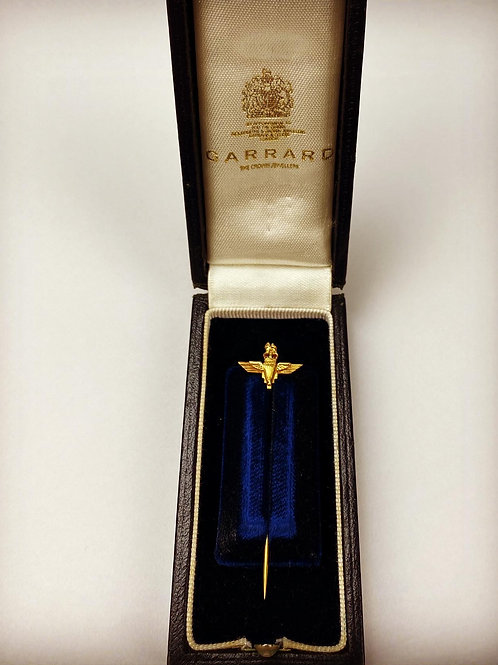 9ct Gold Parachute Regiment Tie pin - Garrards