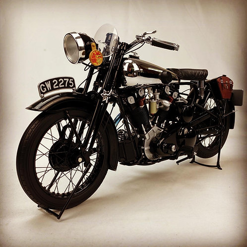 Lawrence of Arabia - Brough Superior SS100 Scaled Motorcycle