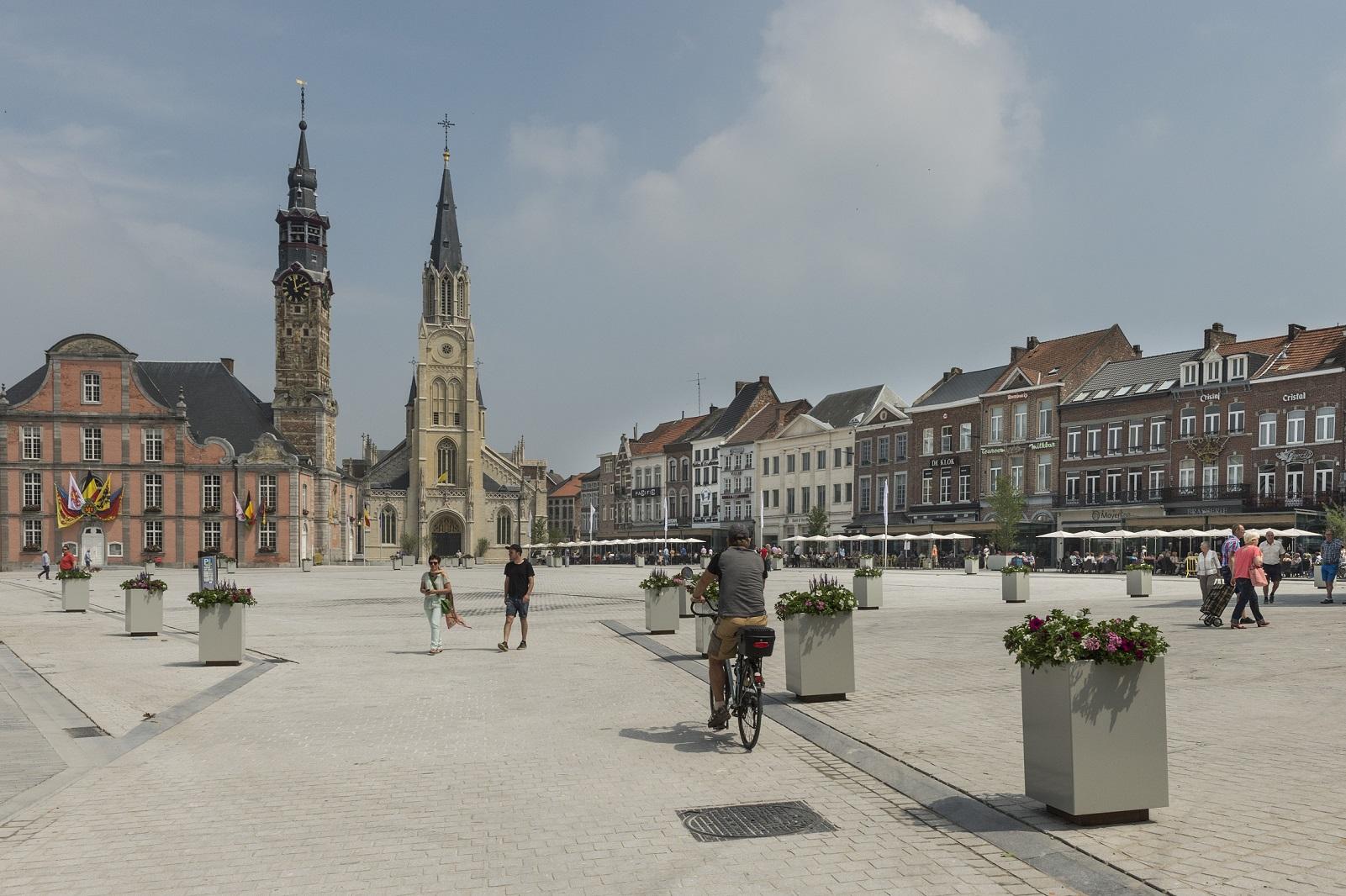 Sint-Truiden-Autovrije markt-0250