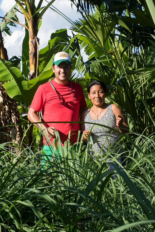 Guillermo junto a Martita, representante de la comunidad del Tena