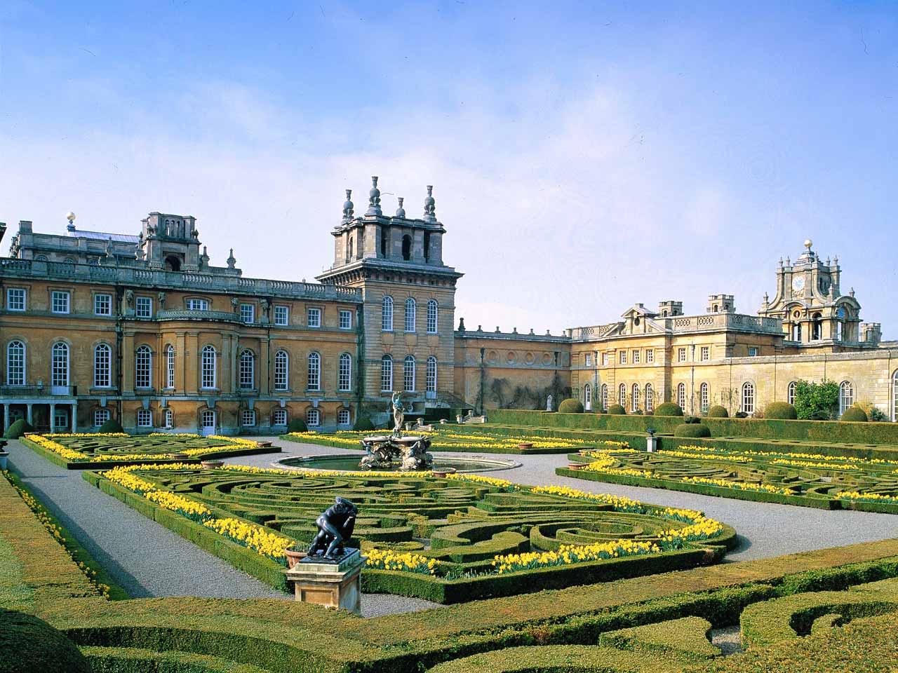 BLENHEIM PALACE & OXFORD