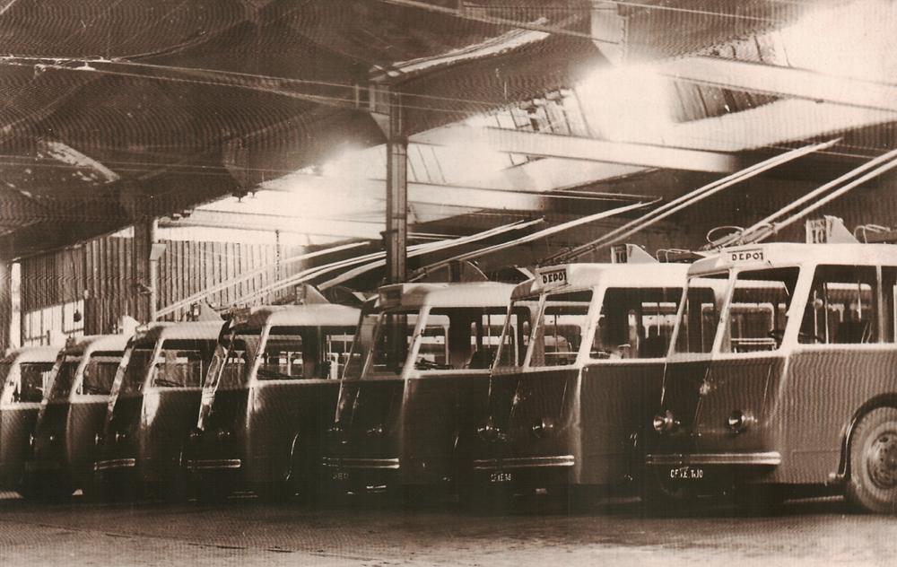 Trolleybus saint-etienne Vetra dépôt de Bellevue