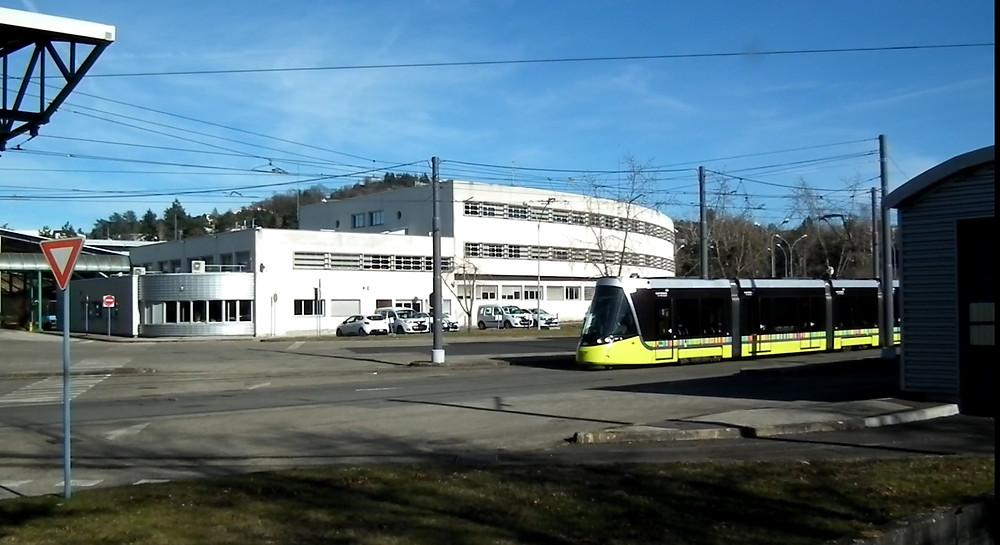 tram tramway CAF Urbos 3 Saint-Etienne dépôt STAS Transpôle