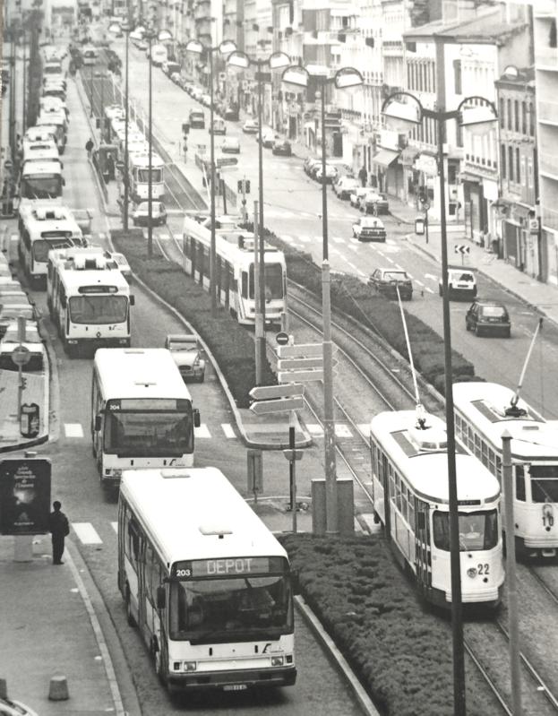 tramway PCC Alsthom Vevey Alsyom trolleybus bus autobus dépôt de bellevue dépôt transpôle convoi Saint-Etienne