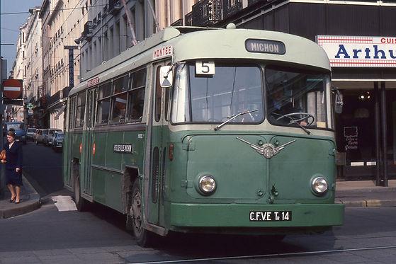 Trolleybus vetra saint-etienne