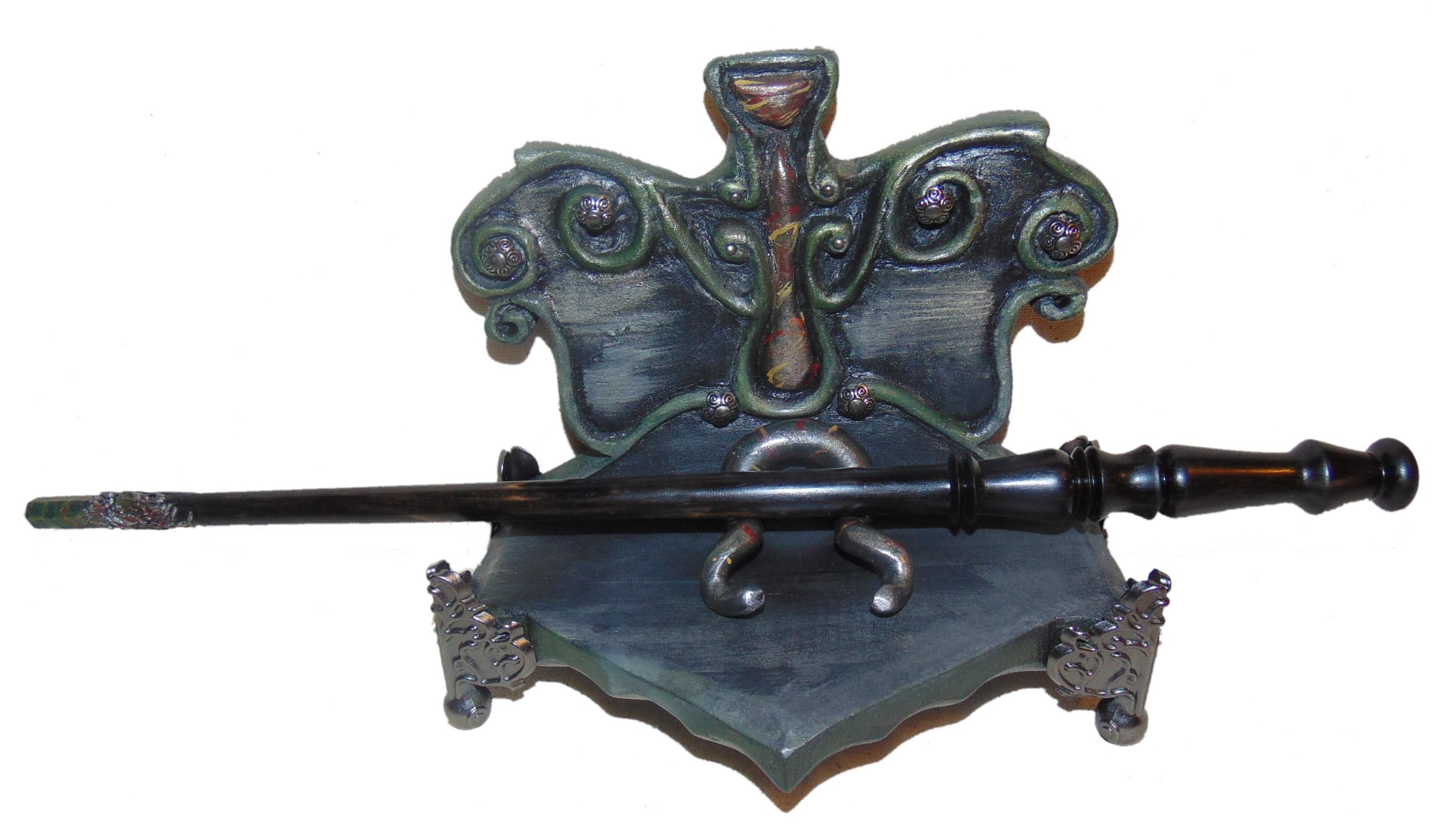 Amelia Lutkus custom wand and stand