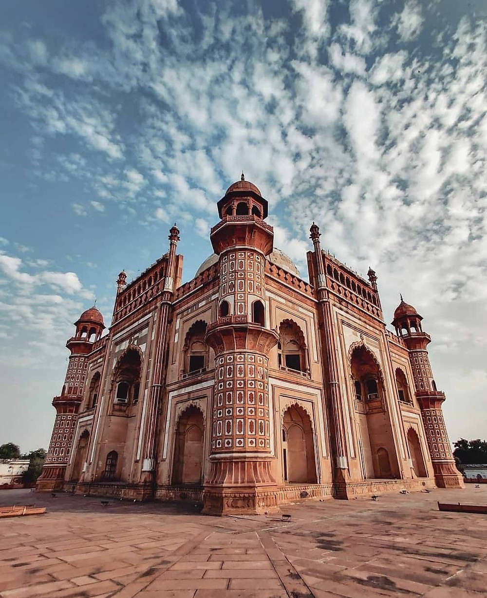 The breathtaking view of Safdarjung Tomb.
