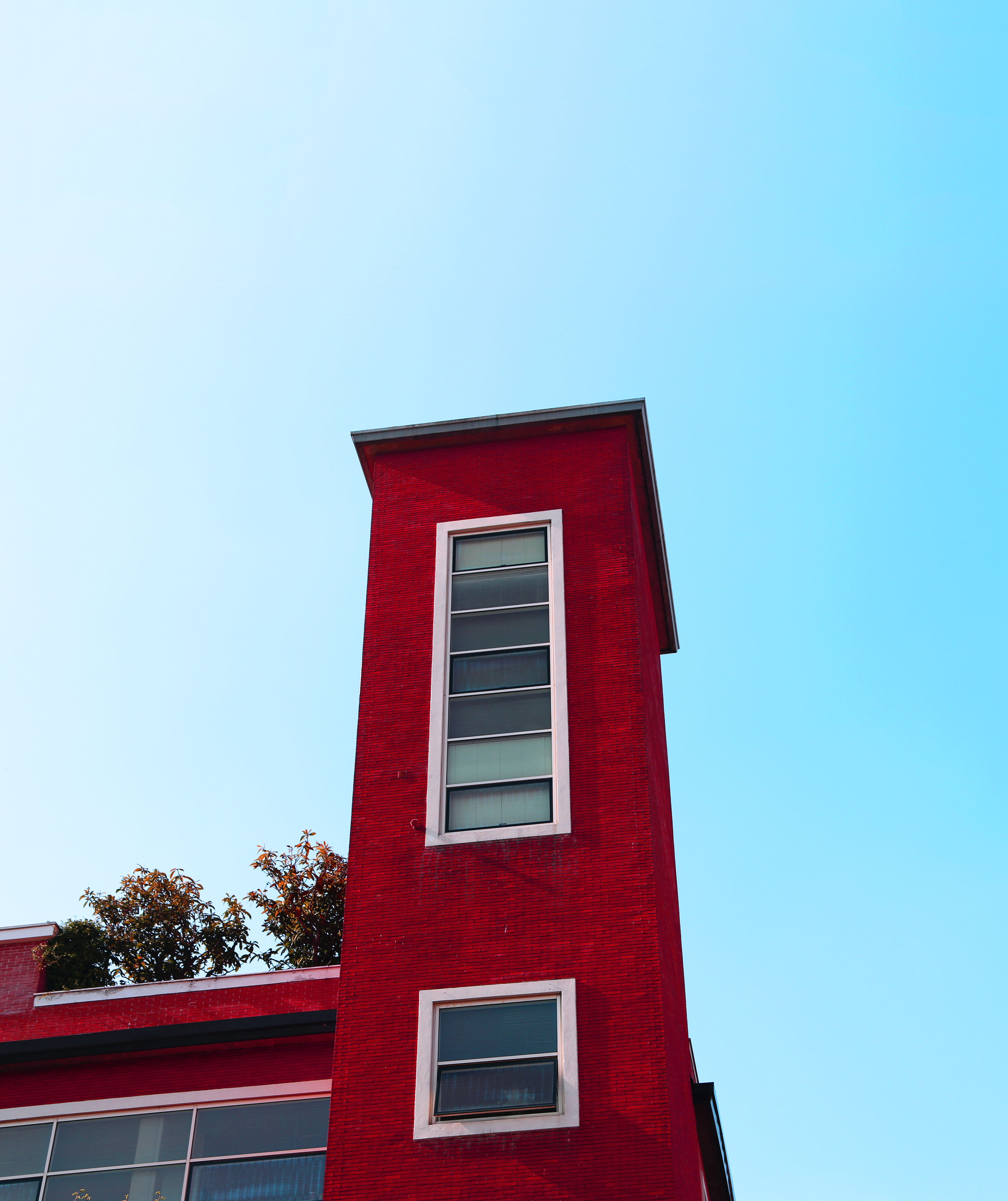 vertical red