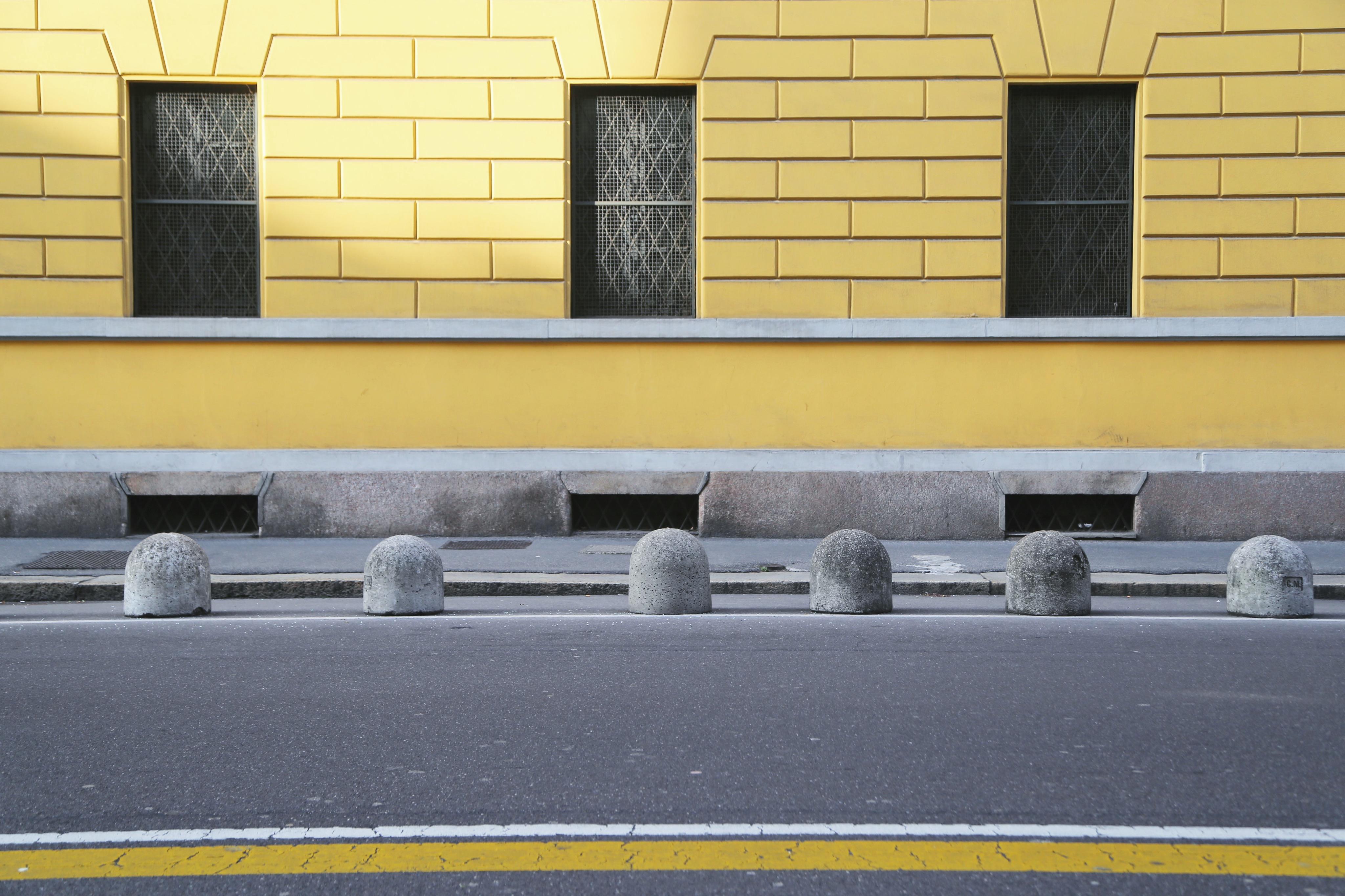 50 yellows of grey