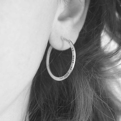 Boucles d'oreille créoles personnalisables