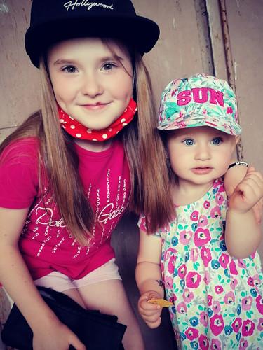 Sofia so sestrou Natáliou