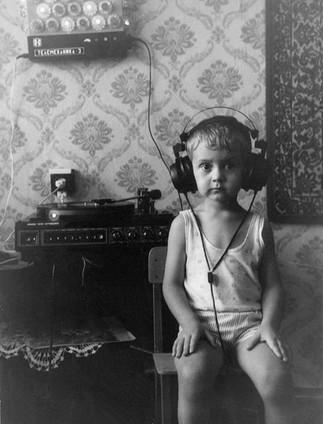 black-and-white-old-retro-russia-soviet-