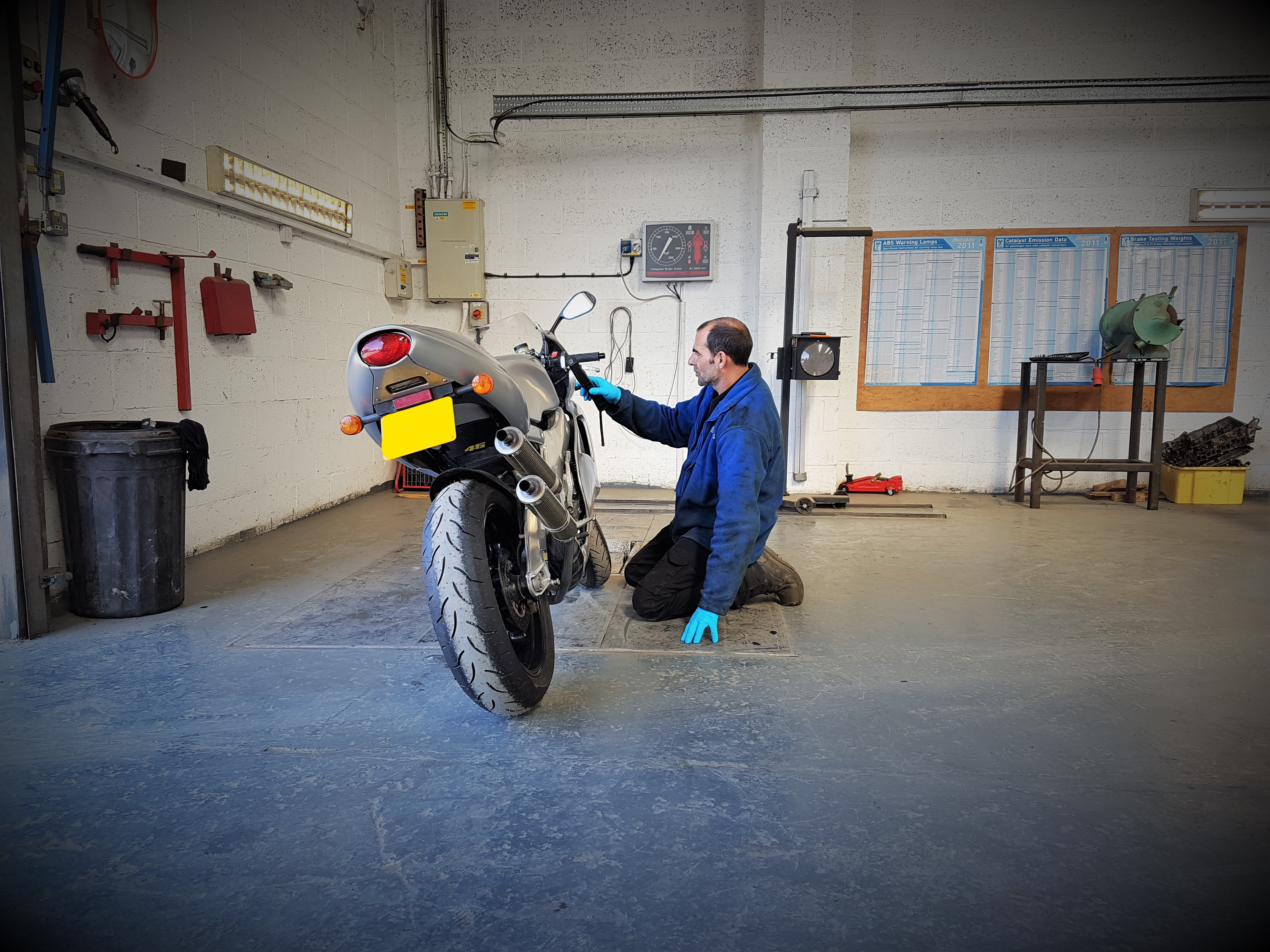 Motorcycle ( CLASS 1 & 2 ) MOT