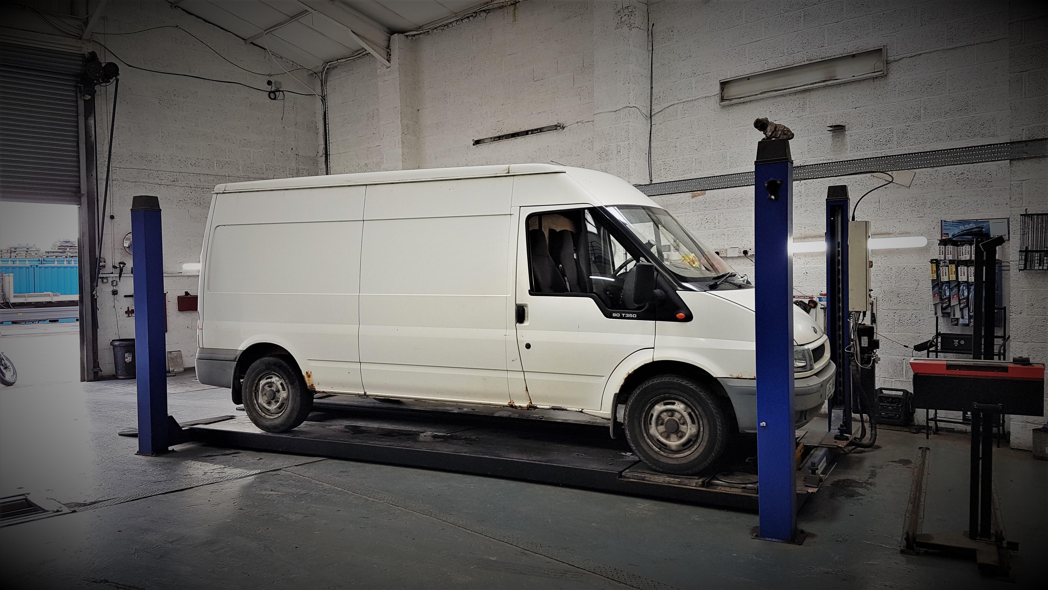Goods Vehicle ( CLASS 7 ) MOT