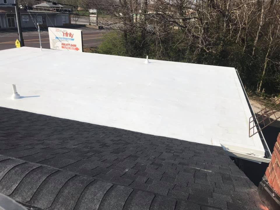 Commercial Roof Replacement.jpg