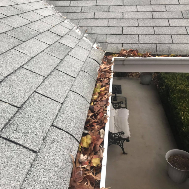 Gutter Cleaning St. Louis Stark Roofing