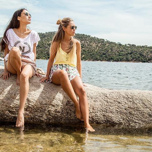 Carlota Weber y Melissa Villarreal para Naëlle