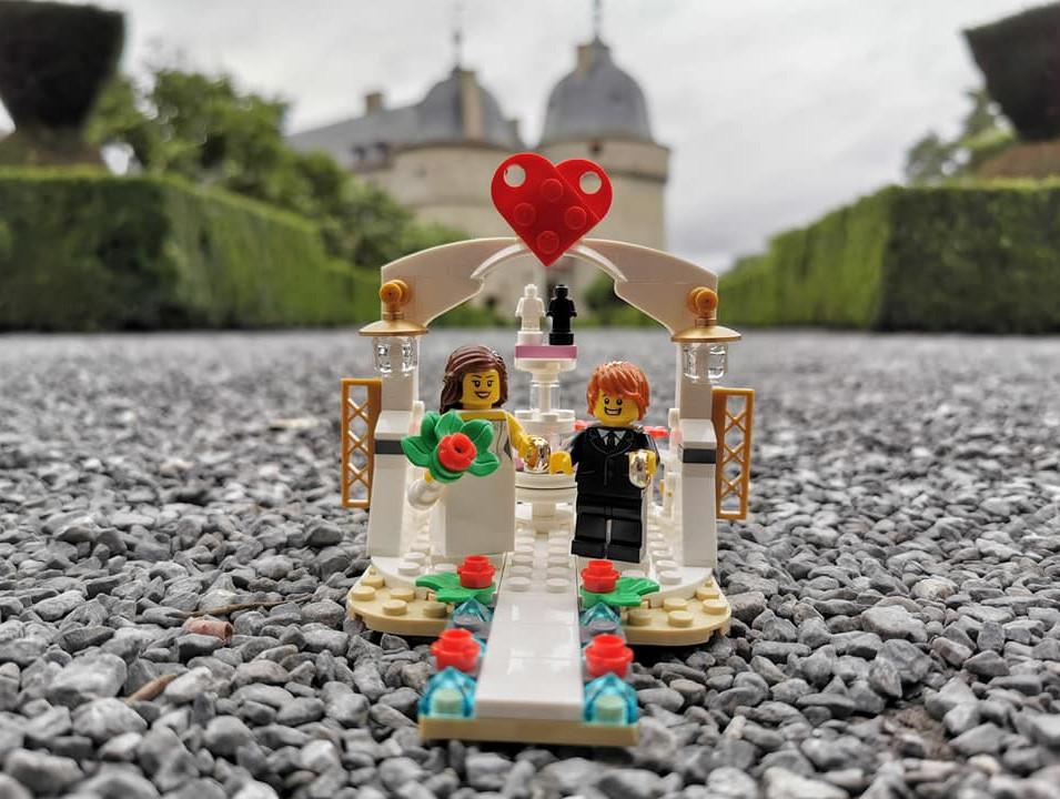 Les mariés au Château de Lavaux-Sainte-Anne