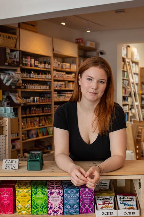 KARA CHAMBERLAIN (Actor/Producer/Writer - Shop Assistant)
