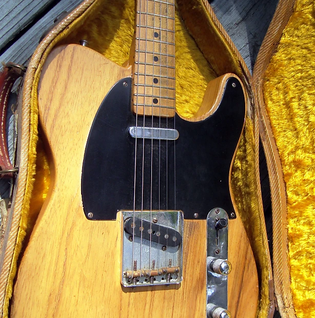 """This is a really great, and very playable instrument, with a story to tell from the 1960's. See """"The Story - Chicago's Little Boy Blues band, and Jeff Beck"""" following the instrument description.    Legendary Tadeo Gomez signed and dated both neck and neck pocket, """"TG 5-15-52"""" and """"TG 3-6-52 #2"""", respectively."""