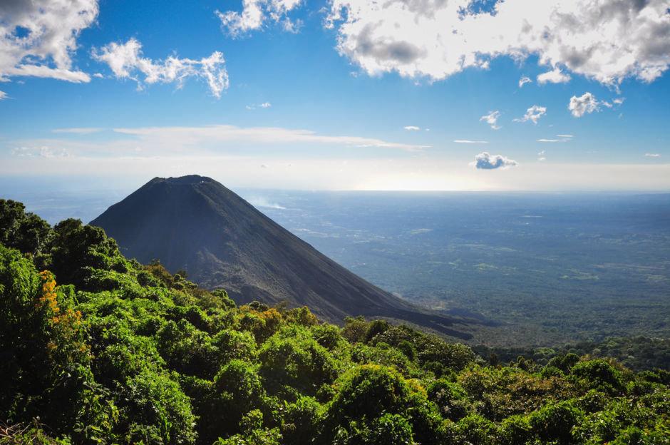Izalco-Volcano-from-Cerro-Verde-National