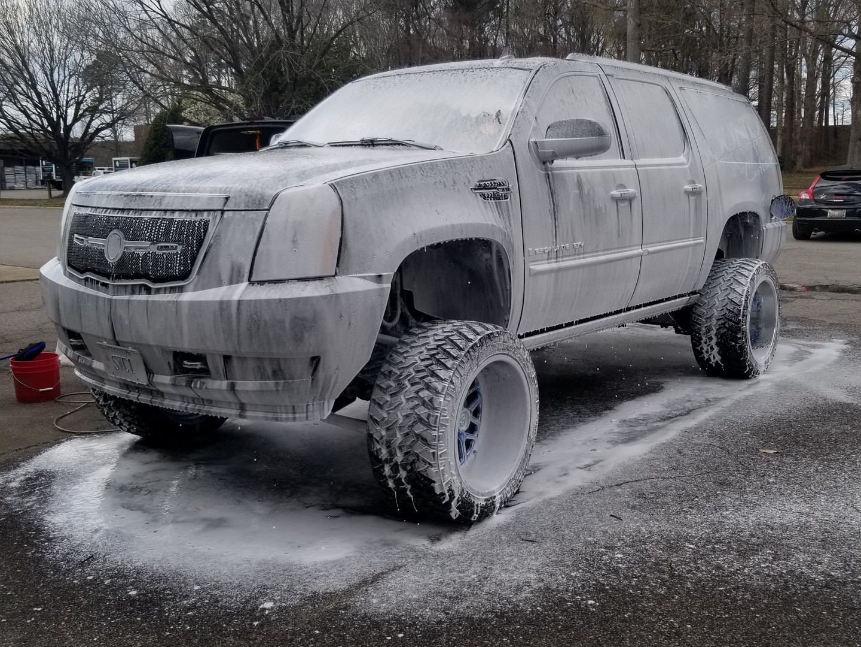 Foam bath for Soundwaves Custom lifted Cadillac Escalade