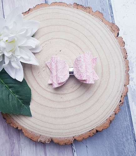 Pastel pink lace glitter Dolly bow