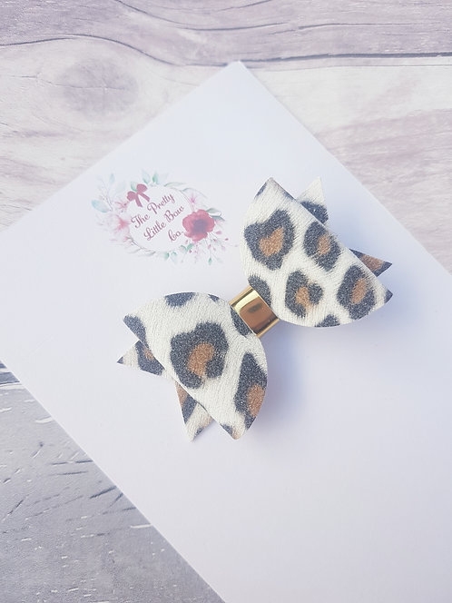 Leopard Dolly bow