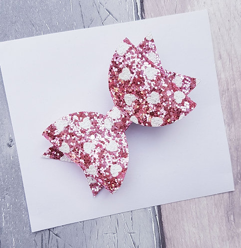 Pink heart Dolly bow