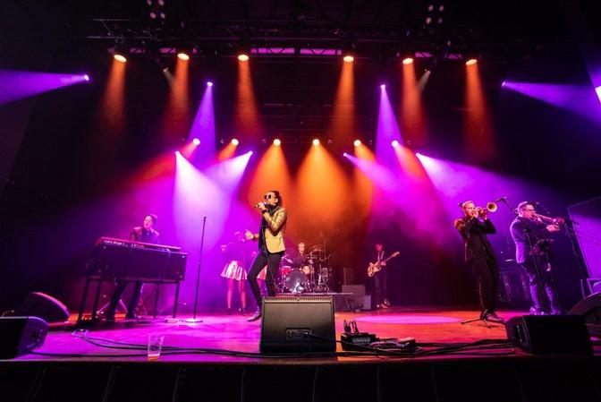 Snooky on Stage_1.jpg